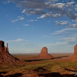 3549 Monument Valley couchant